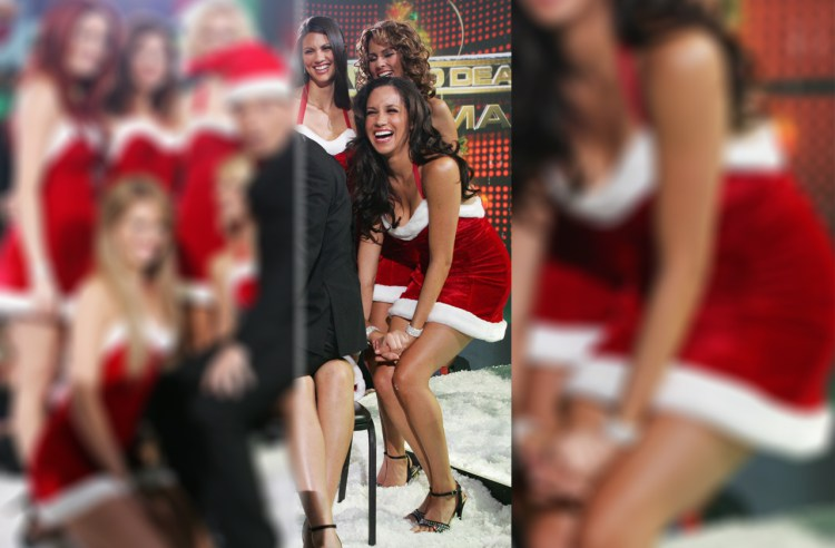 Meghan Markle sexy xmas outfit lets make a deal gameshow